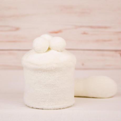 ペット用骨壺カバー / サイズ:3寸 / ベース:白 / ボンボン:白・白・白 / しっぽ:白(S117)