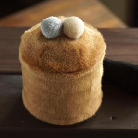 ペット用骨壺カバー / サイズ:4寸 / ベース:ブラウン / ボンボン:グレー・クリーム / しっぽ:黒(S202)
