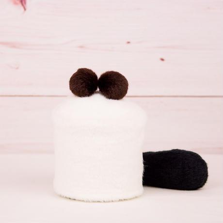ペット用骨壺カバー / サイズ:3寸 / ベース:白 / ボンボン:ダークブラウン・ダークブラウン / しっぽ:黒(S082)