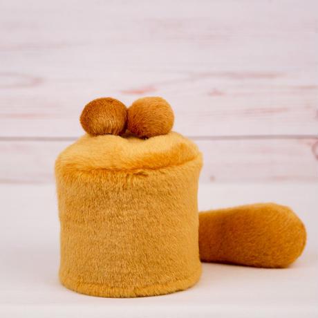 ペット用骨壺カバー / サイズ:3寸 / ベース:ブラウン / ボンボン:ブラウン・ブラウン / しっぽ:ブラウン(S053)
