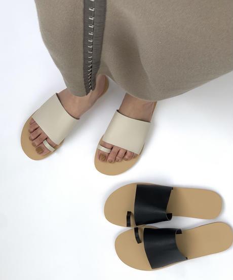Square Toe Sandal 〈20-940117〉