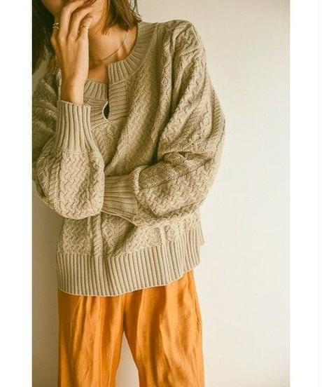<予約販売>neck cable knit