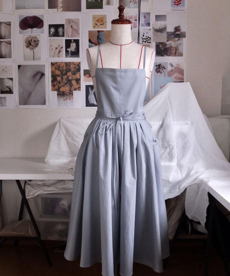 "apron dress ""JEANDREE"" /Pale Blue"
