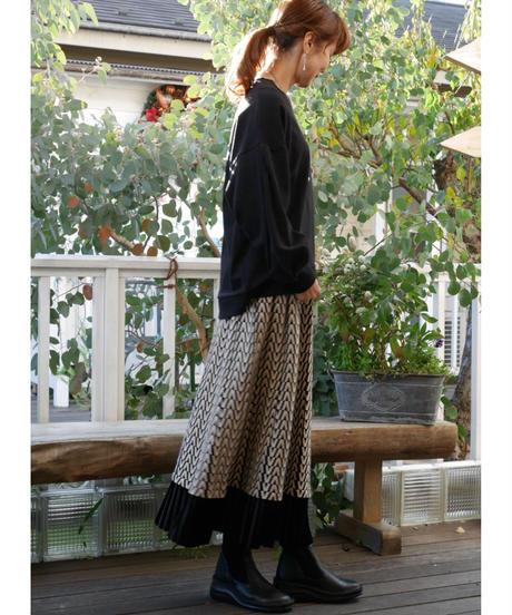 モノトーン柄ニットスカート