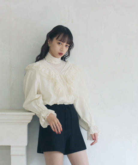 v frill neck blouse & knit short pants(A19-05032K)