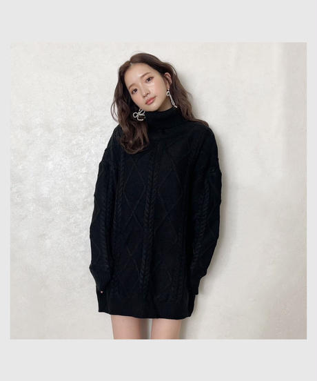 cable turtle knit one-piece -black-