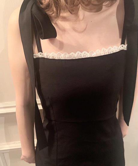 frill cami one-piece  (black)
