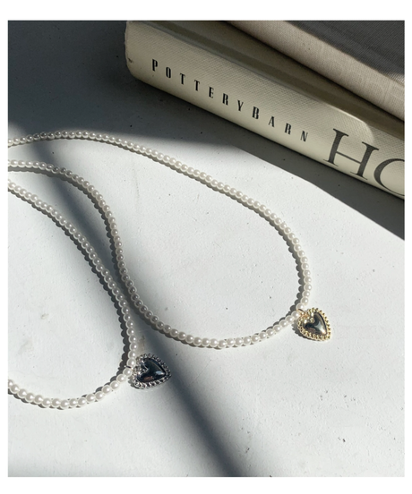 heart charm pearl necklace (2colors)