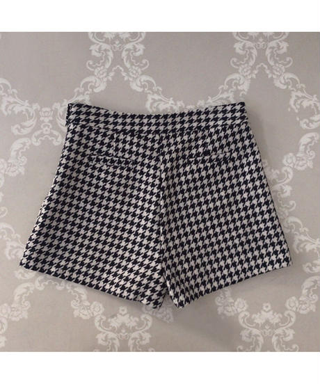 houndstooth short pants