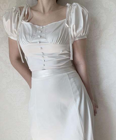 puff satin blouse -ivory-