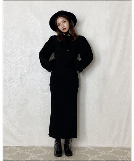 【Autumn 40】puff sleeve long sweat one-piece (A20-04084K)