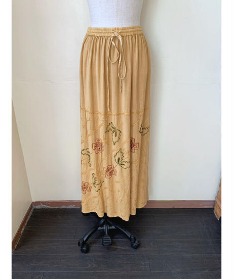 used india embroidery skirt