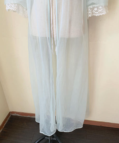 used lace gown