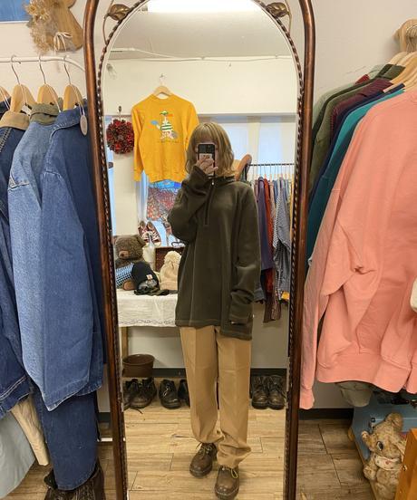 ロイヤルミルクティーのイージーパンツ2513