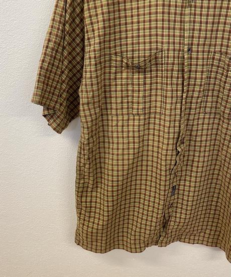 手探りで探す日々のチェックシャツ3492
