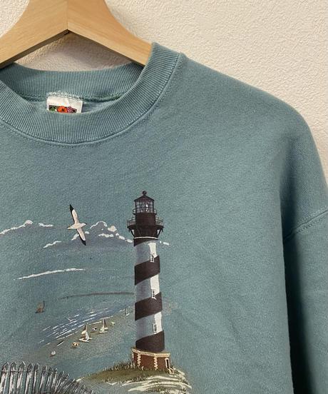 灯台を眺めるスウェット2449