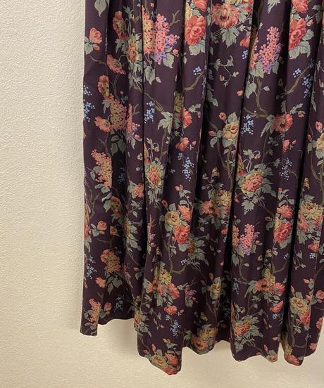 雨が降る日の花柄スカート3229