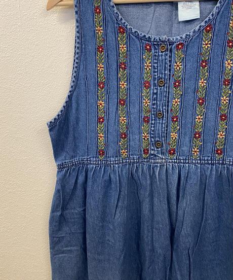 小花柄の刺繍ワンピース3160