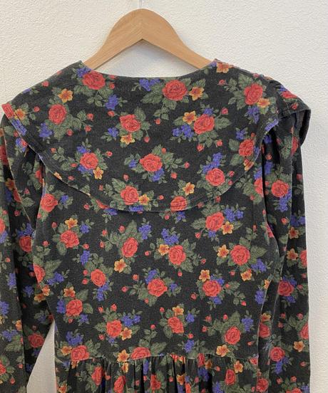 お花柄のセーラーワンピース2649