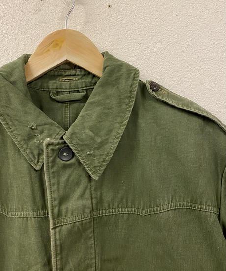 頑張り屋さんのカーキジャケット2041