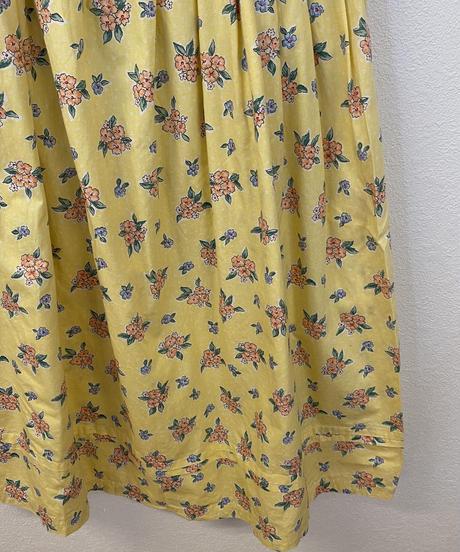 レモネードを作るスカート3426