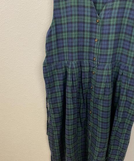 恥ずかしがり屋さんのジャンパースカート3175