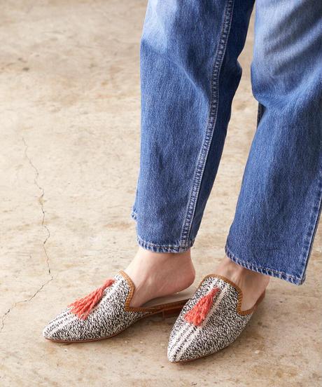 *足元のヴィンテージ*vintage kilim shoes