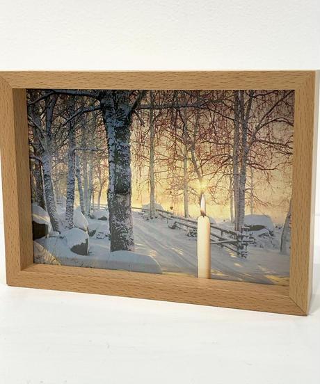 アヌ・トゥオミネン「絵葉書の彫刻」 Anu Tuominen 'Postcard Sculpture'
