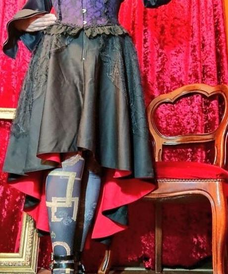 【Gothic Holic】ゴシックホリック 赤と黒のゴシックスカート