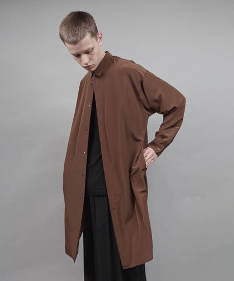thin long shirt/BROWN