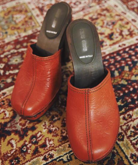 miumiu/sabot sandal