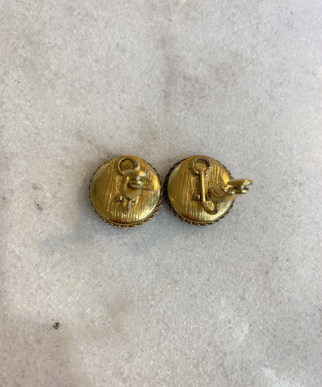 GIVENCHY/ vintage logo round earring.