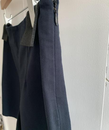 JIL SANDER /  simple high waist short pants.