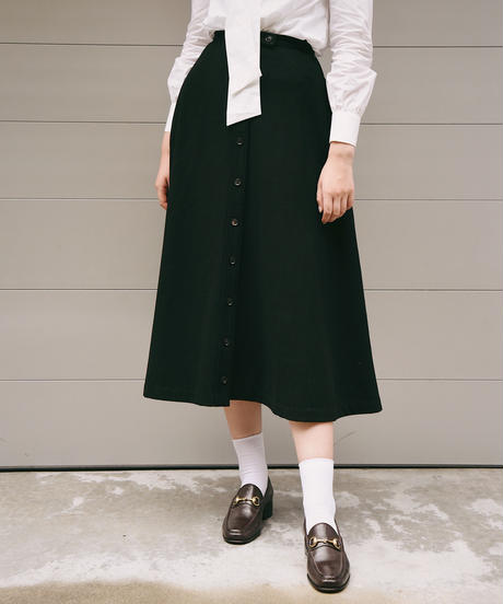 Y's/A line  wool long skirt.