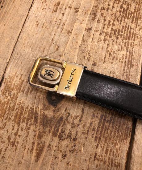 Burberrys/ buckle gold belt