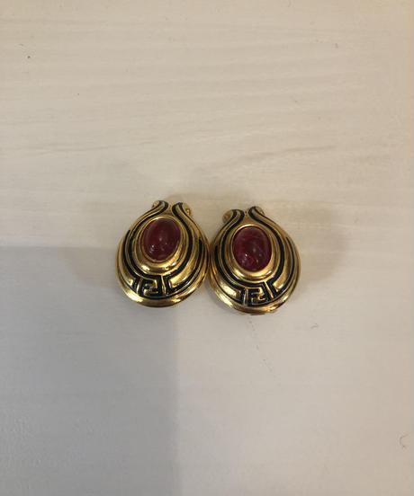 FENDI / vintage gold design earring.