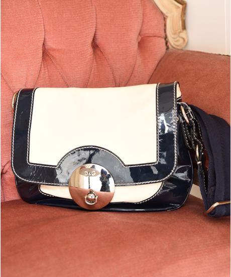 D&G/ Silver buckle leather shoulder bag