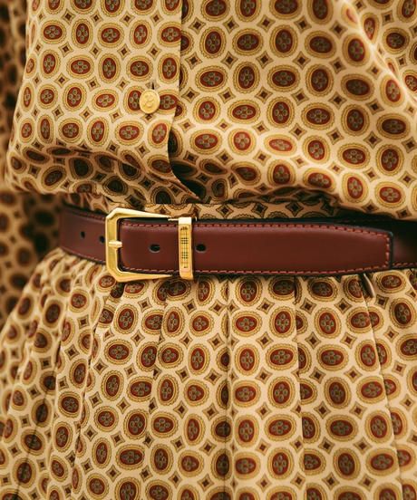 Burberrys/ buckle gold belt