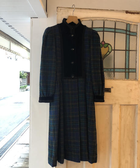 YvesSaintLaurent/vintage stand collar dress coat.