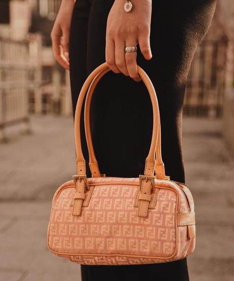 FENDI / vintage zukka design  handbag.