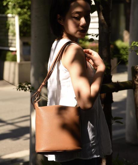 JIL SANDER NAVY / vintage brown leather shoulder bag.
