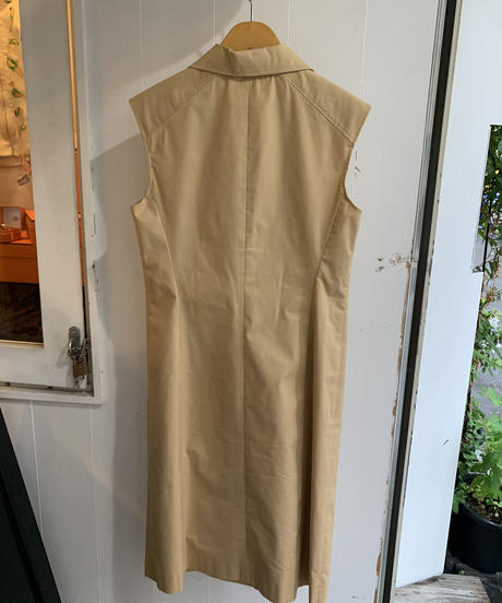 BALENCIAGA / vintage no sleeves double button dress with belt.