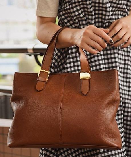 BURBERRY/ brown leather  handbag.