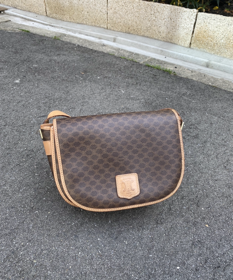 CELINE / macadam design shoulder bag.(big) 512010 A(S)