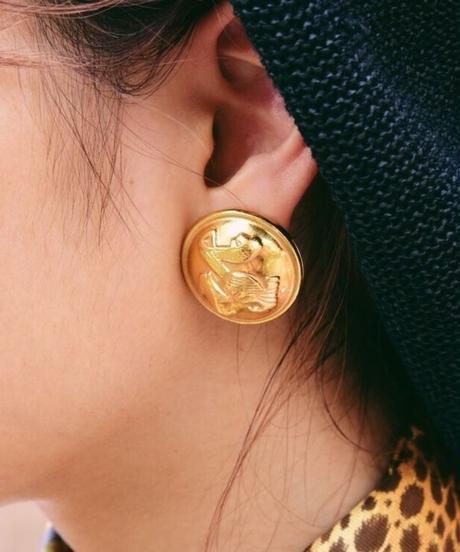 Salvatore Ferragamo/ round  gold earring.