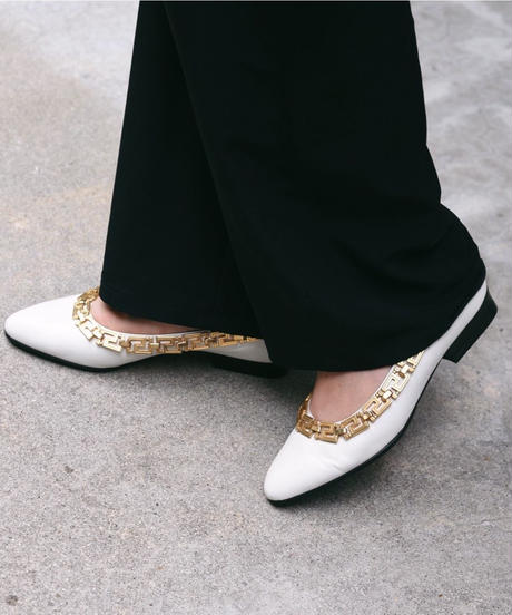 Gianni Versace/  Gold design white leather pumps