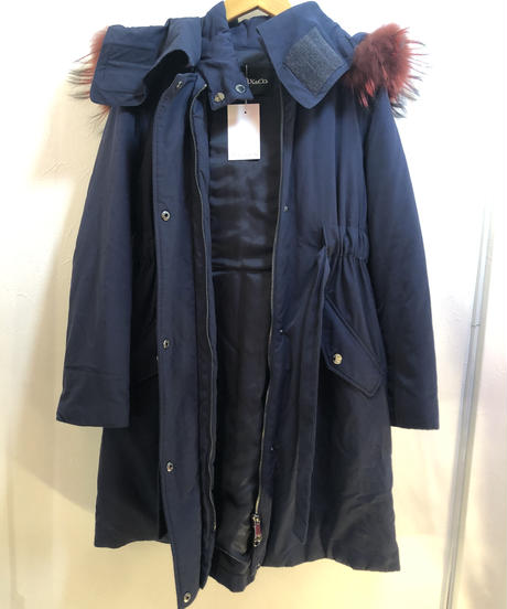 MAX&Co. /vintage design  hooded down coat.