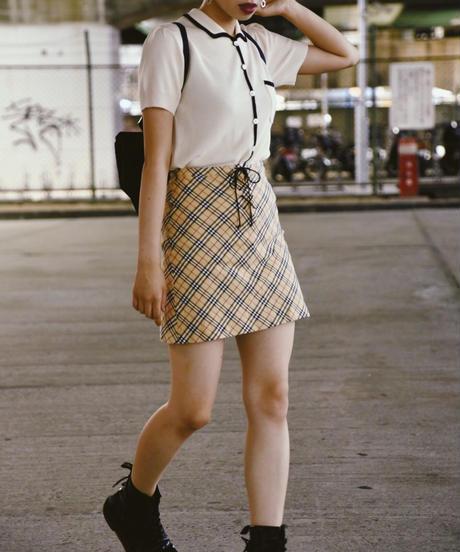 Burberry/ check skirt