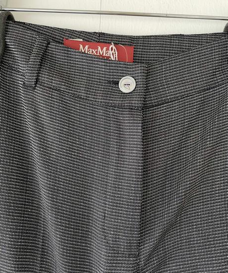 Maxmara  / simple middle rise slacks.