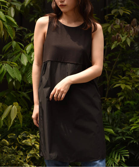 Maxmara  / basic nosleeves dress.
